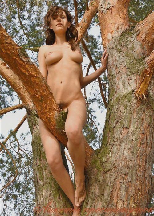 Вайола - секс со страпоном